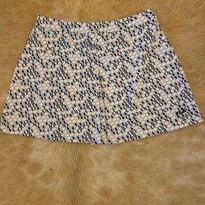 Tail golf/tennis skirt. Navy/Gray/White